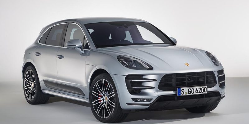 Porsche Macan Turbo disponible con Performance Package. 1